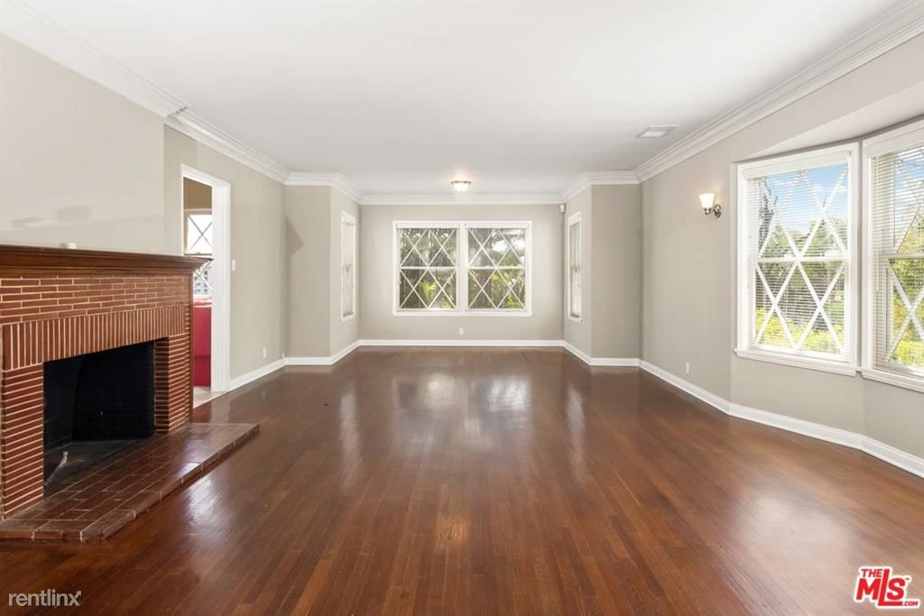1320 Londonderry Pl, Los Angeles, CA - $7,800 USD/ month