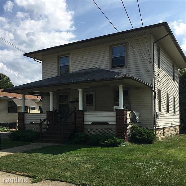 206 E Meyer Ave, New Castle PA, New Castle, PA - $750 USD/ month