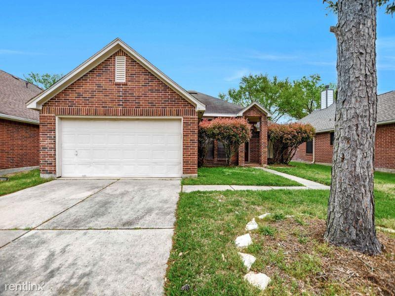 15118 Red Cedar Cove Ln, Cypress, TX - $1,900 USD/ month