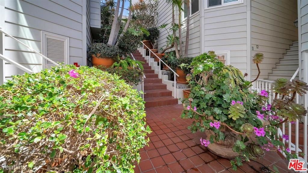 830 Haverford Ave Unit 6, Pacific Palisades, CA - $6,900 USD/ month