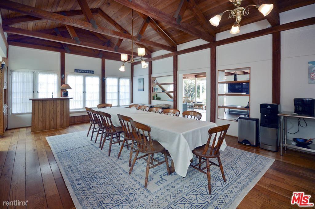 30800 Broad Beach Rd, Malibu, CA - $35,000 USD/ month