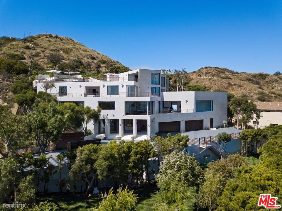 26901 Sea Vista Dr, Malibu, CA - $75,000 USD/ month