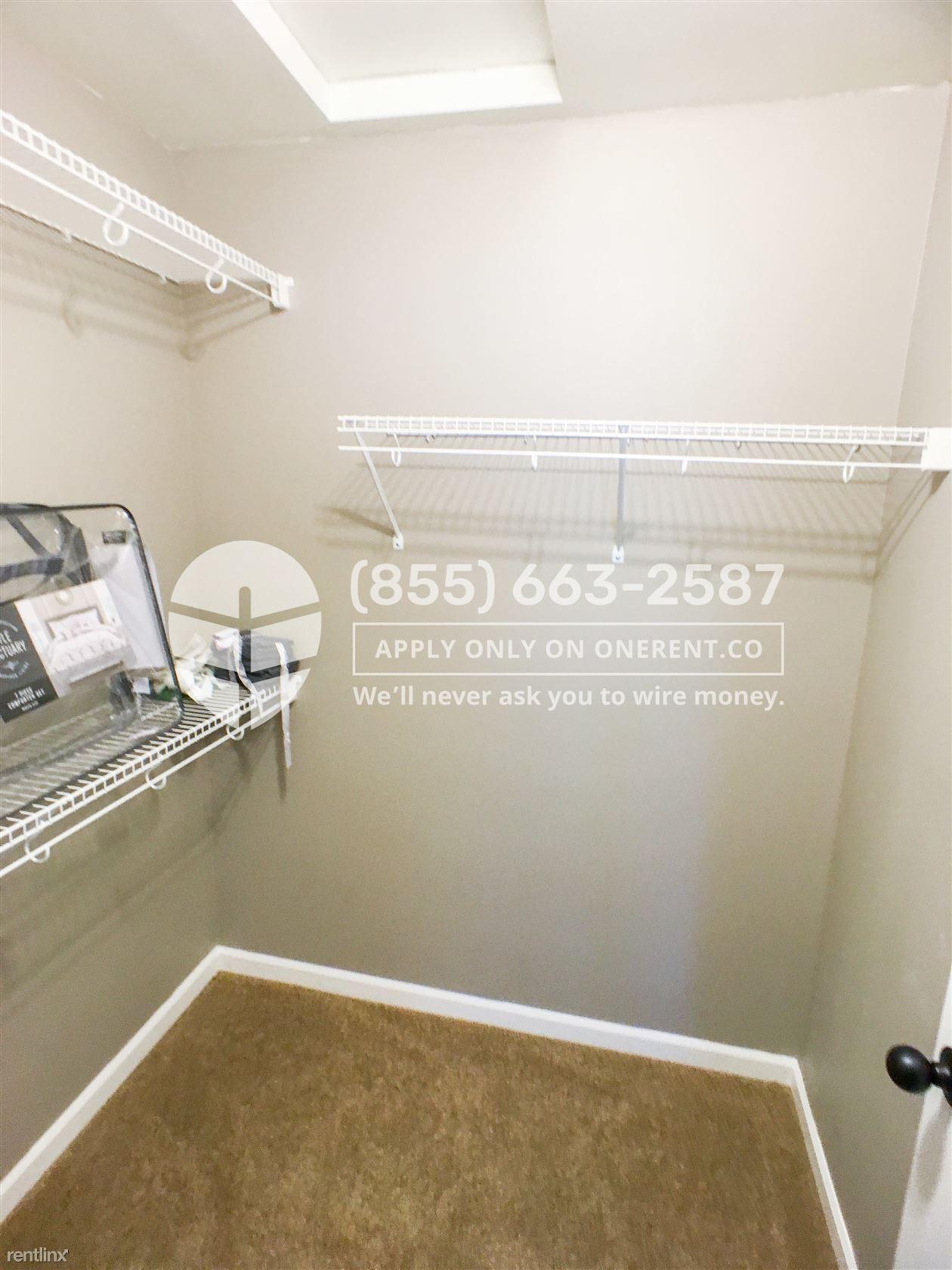 17416 Ashworth Avenue N, Shoreline, WA - $1,895 USD/ month
