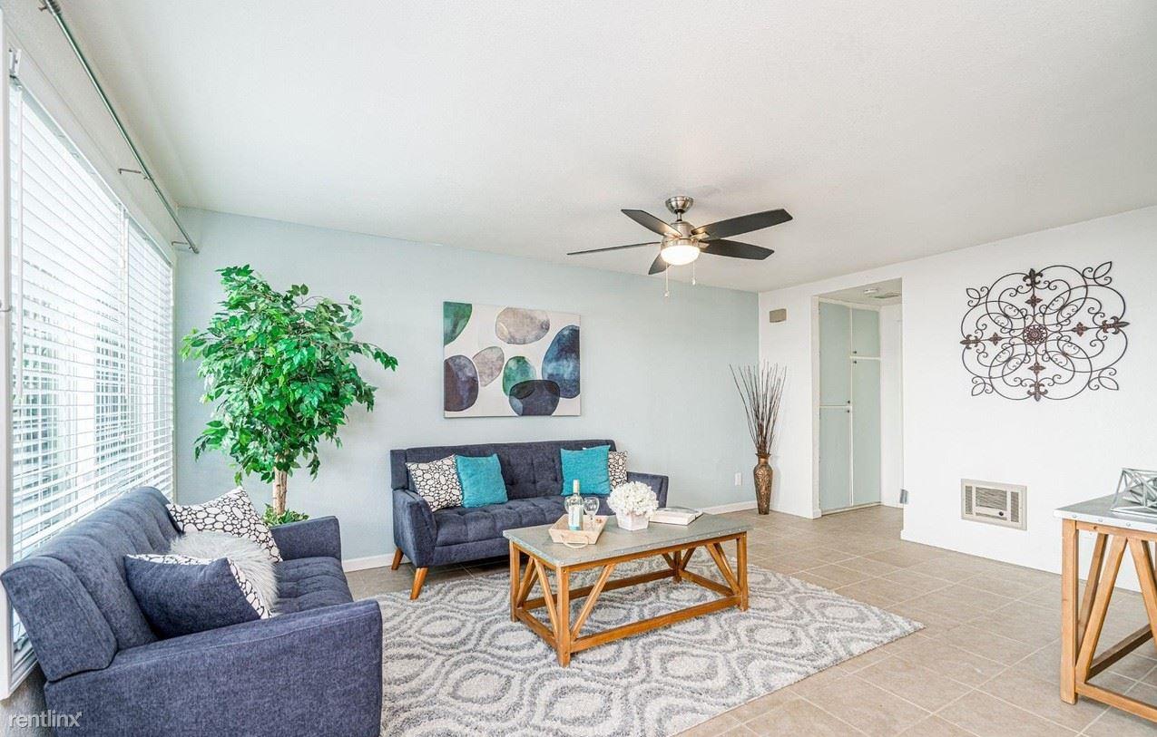4449 Menlo Ave # 1CA, San Diego, CA - $900 USD/ month