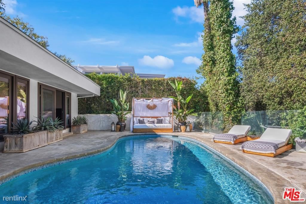 10123 Angelo View Dr, Beverly Hills, CA - $18,000 USD/ month