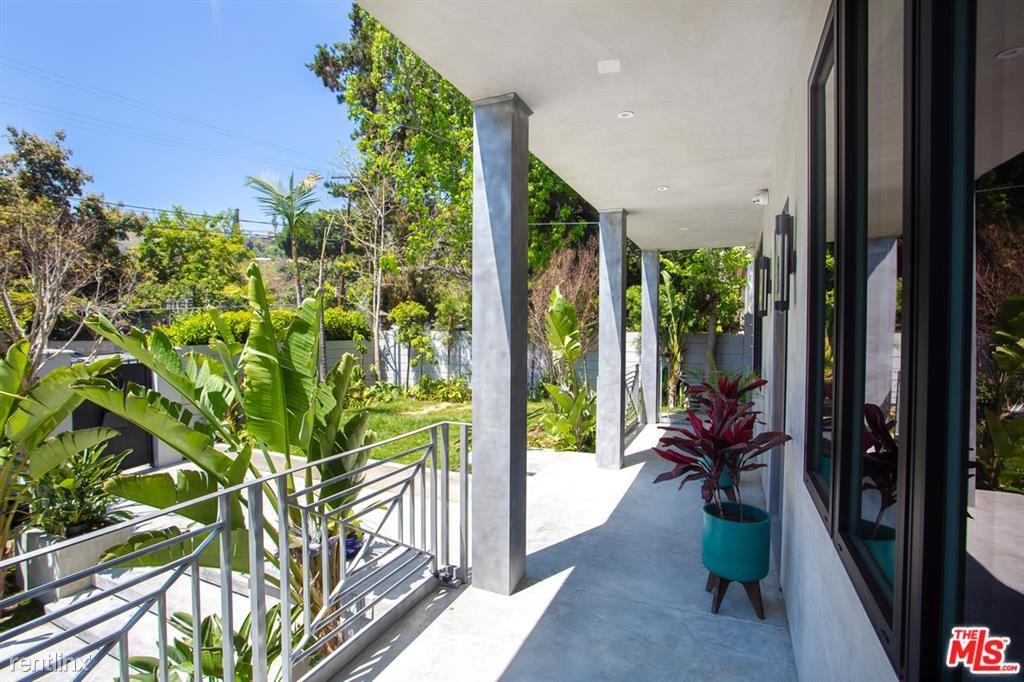 1724 N Sierra Bonita Ave, Los Angeles, CA - $18,000 USD/ month
