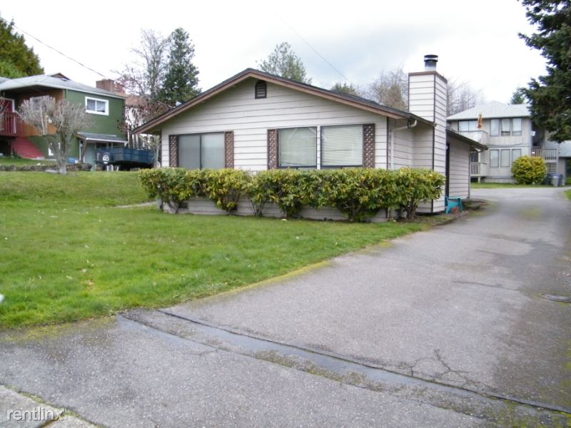 Cascade Trl, Bremerton, WA - $1,400 USD/ month