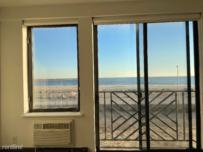 120 Beach 26th Street 2nd FL  1 Bed/1 Ba, Far Rockaway, NY - $1,850 USD/ month