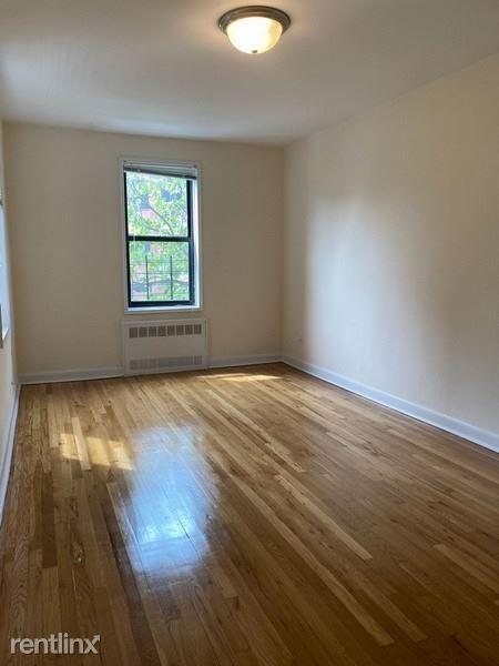 6360 98th St, Rego Park NY A, Rego Park, NY - $2,450 USD/ month