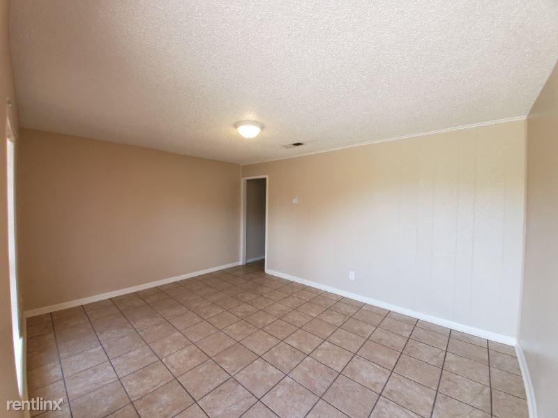 362 Dees St. 5, Deridder, LA - $550 USD/ month