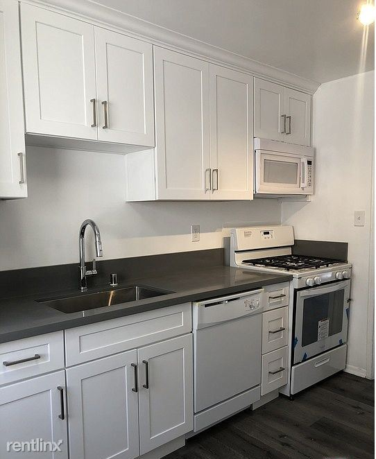 1119 E 107th St, Los Angeles, CA - $600 USD/ month