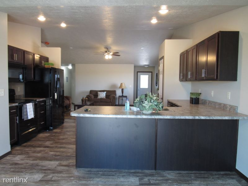 310 E Ivy Rd, Tea, SD - $1,650 USD/ month