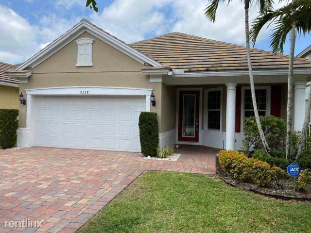 9238 Wrangler Dr, Lake Worth, FL - $3,600 USD/ month