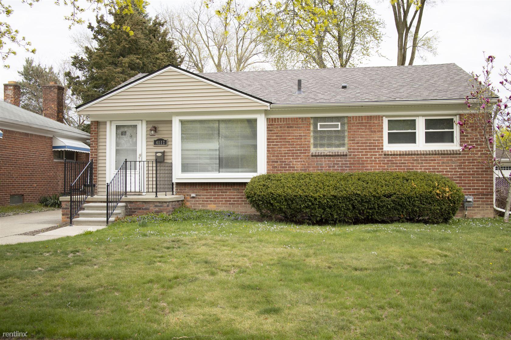 4112 Custer Avenue, Royal Oak, MI - $2,295 USD/ month