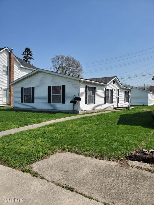 550 S 9th St, Noblesville, IN - $1,300 USD/ month