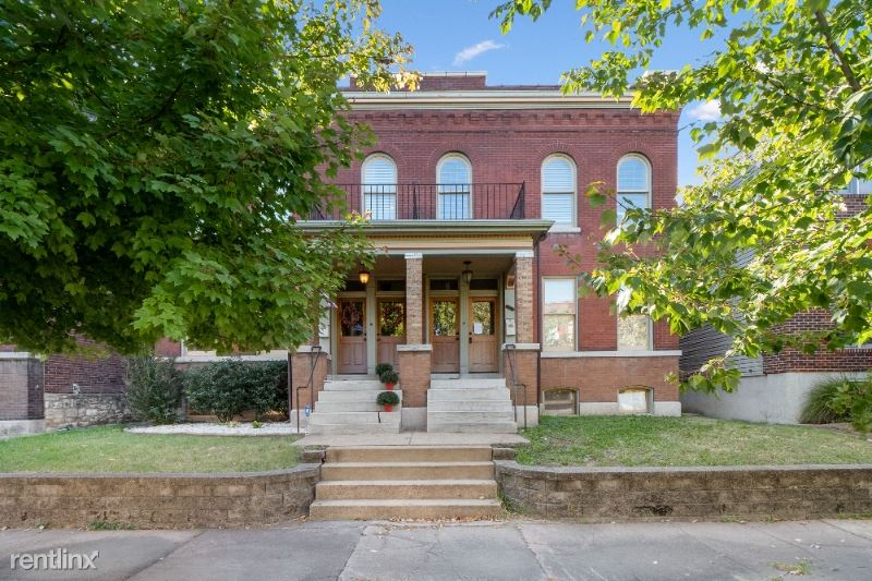 2213 Missouri Ave, St Louis, MO - $1,950 USD/ month