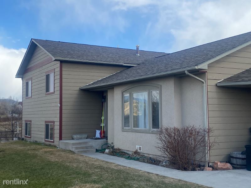 Haggerty Lane, Bozeman, MT - $3,200 USD/ month
