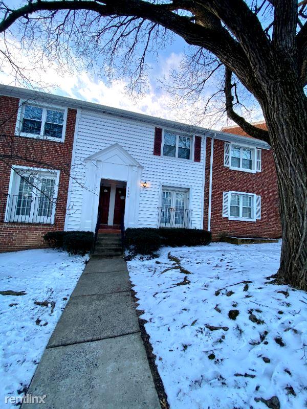 4600 28th Rd S C, Arlington, VA - $2,750 USD/ month