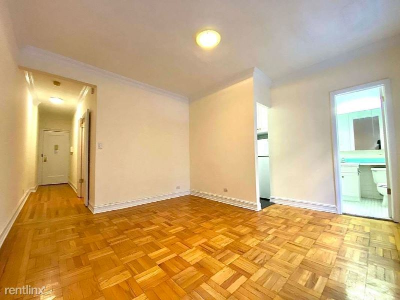 146 W 79th St 3A, New York, NY - $1,512 USD/ month