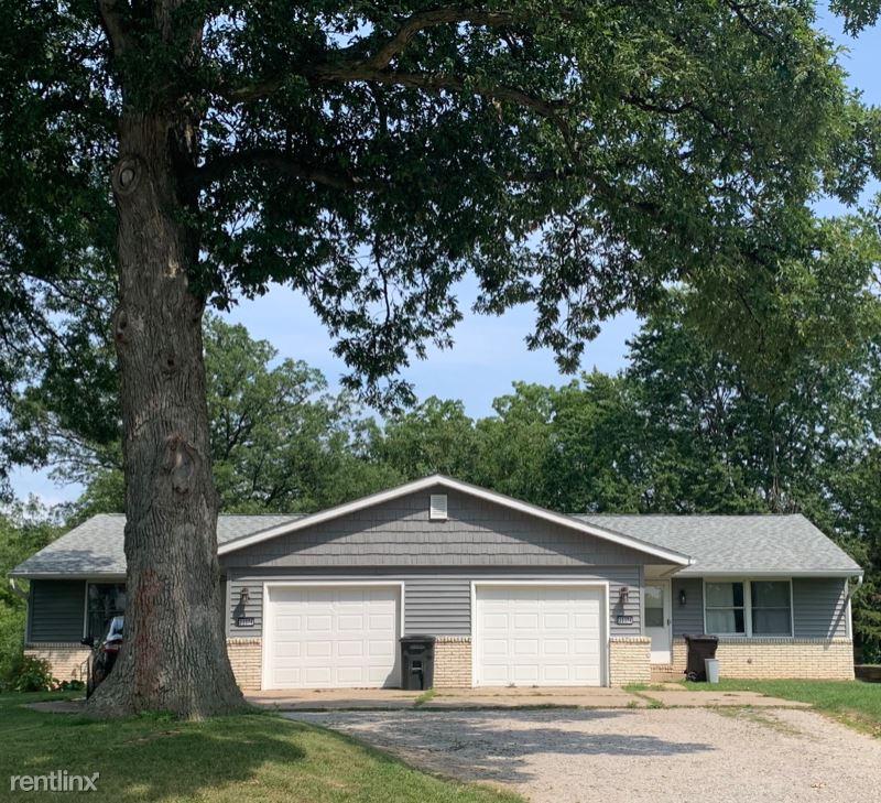 22376 Oak Ln, Morton IL, Morton, IL - $1,150 USD/ month