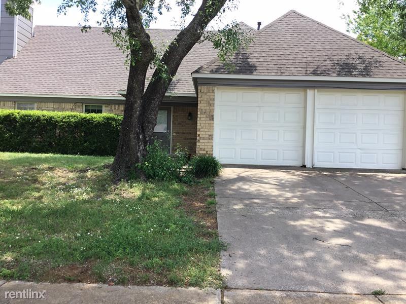 1723 Buckeye Drive, Flower Mound, TX - $2,210 USD/ month