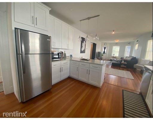 36 Westmount 2, West Roxbury, MA - $2,800 USD/ month
