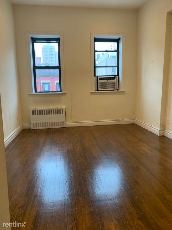 E 78th St, New York NY, New York, NY - $1,604 USD/ month