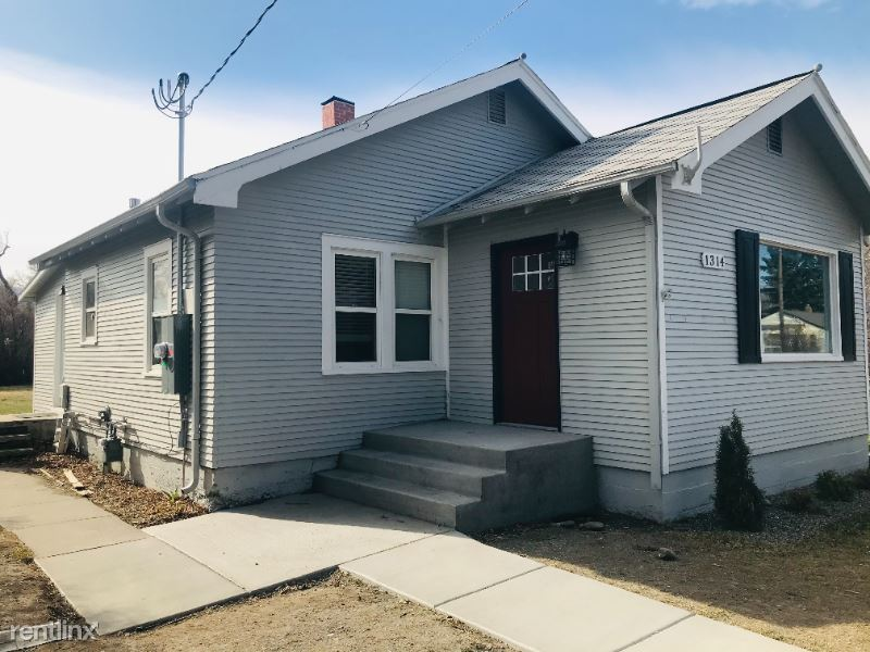 1314 E Lewis St, Livingston MT, Livingston, MT - $1,650 USD/ month