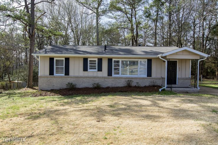 417 NE 19th Terrace, Center Point, AL - $1,099 USD/ month