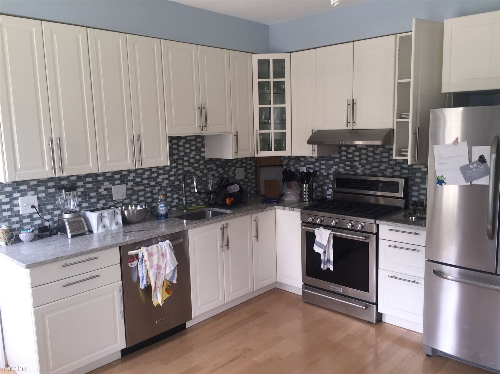 4 Warner St, Somerville, MA - $4,600 USD/ month