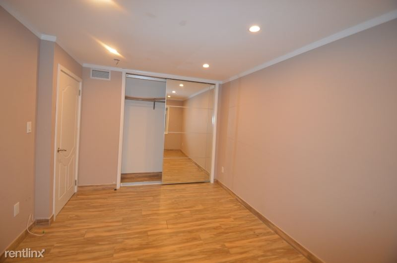 69-36 175TH ST, Fresh Meadows, NY - $1,650 USD/ month