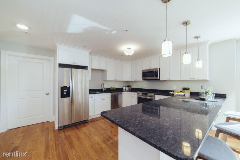 45 Spring street 3, West Roxbury, MA - $4,079 USD/ month