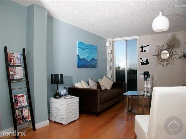 1211 Vine St, Denver, CO - $1,920 USD/ month
