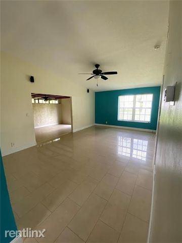 300 Lakewood Cir E Apt A, Margate, FL - $6 USD/ month