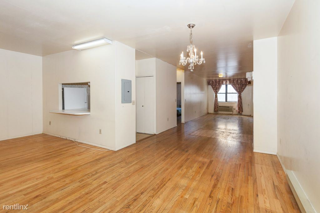 111 Mulberry St, Newark, NJ - $800 USD/ month