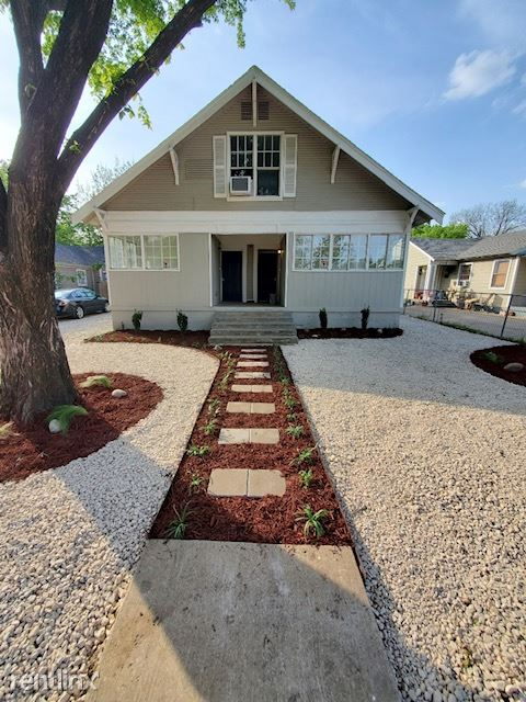 2315 Gilford Street, Dallas, TX - 950 USD/ month