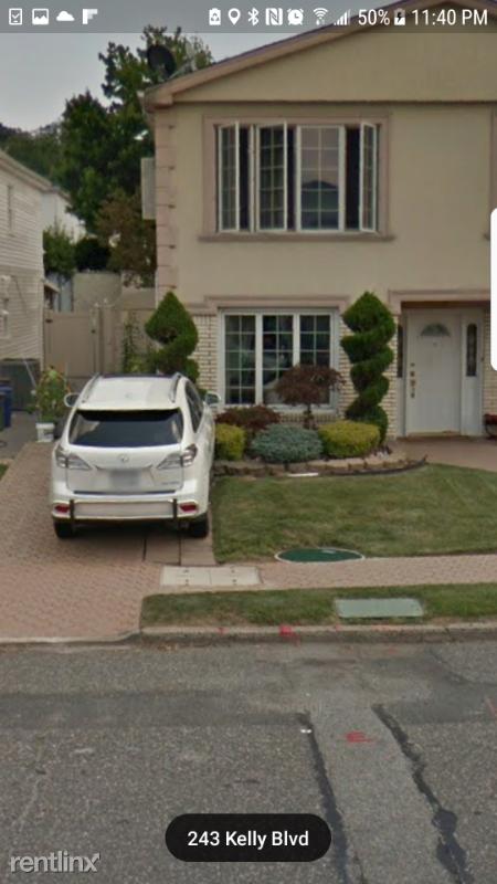 243 Kelly Blvd, Staten Island, NY - $1,700 USD/ month