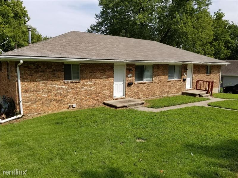 133 S Crescent Ave, Independence, MO - $1,200 USD/ month