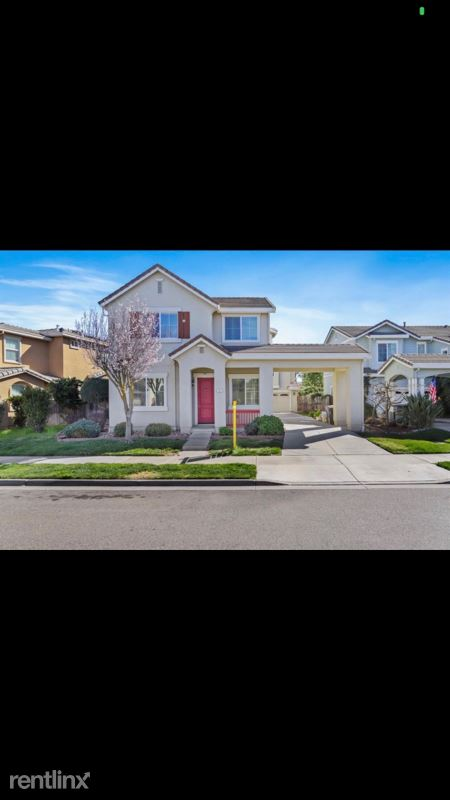 557 Stetson Dr, Oakdale CA, Oakdale, CA - $2,750 USD/ month