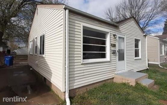 8477 Prospect Ave, Warren, MI - $1,045 USD/ month