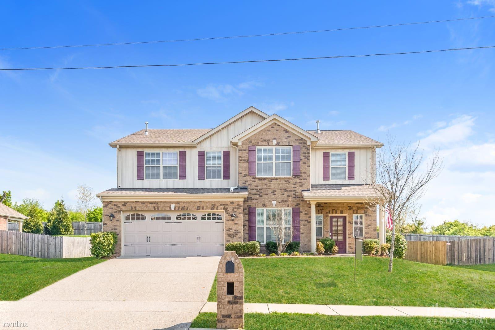 1038 Middleton Lane, Gallatin, TN - $2,749 USD/ month