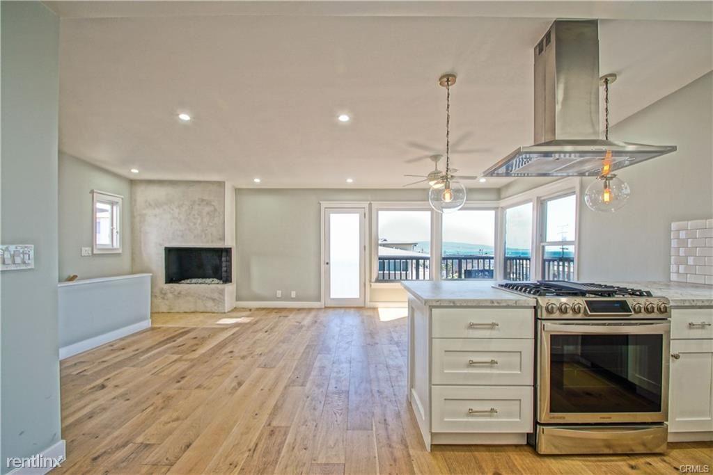 209 15th St, Manhattan Beach, CA - $7,300 USD/ month