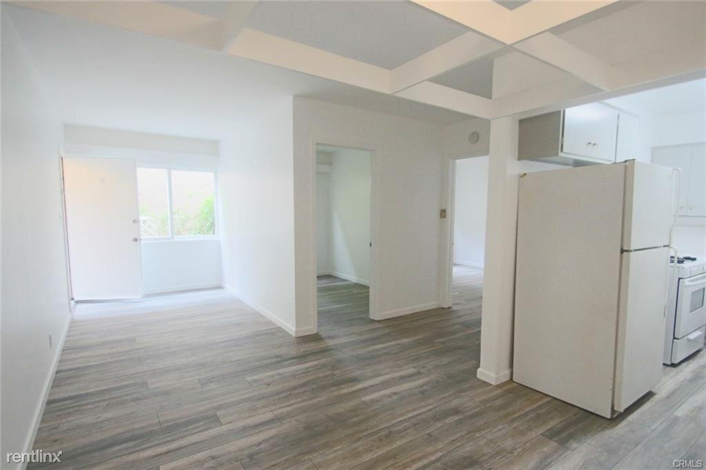 121 Rosecrans Ave Apt D, Manhattan Beach, CA - $3,000 USD/ month