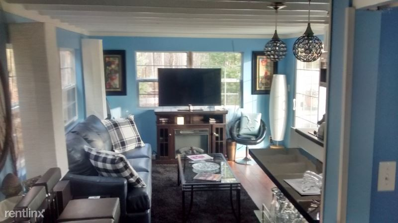 9 Keller Hill Road Guest House, Mooresville, IN - $1,000 USD/ month