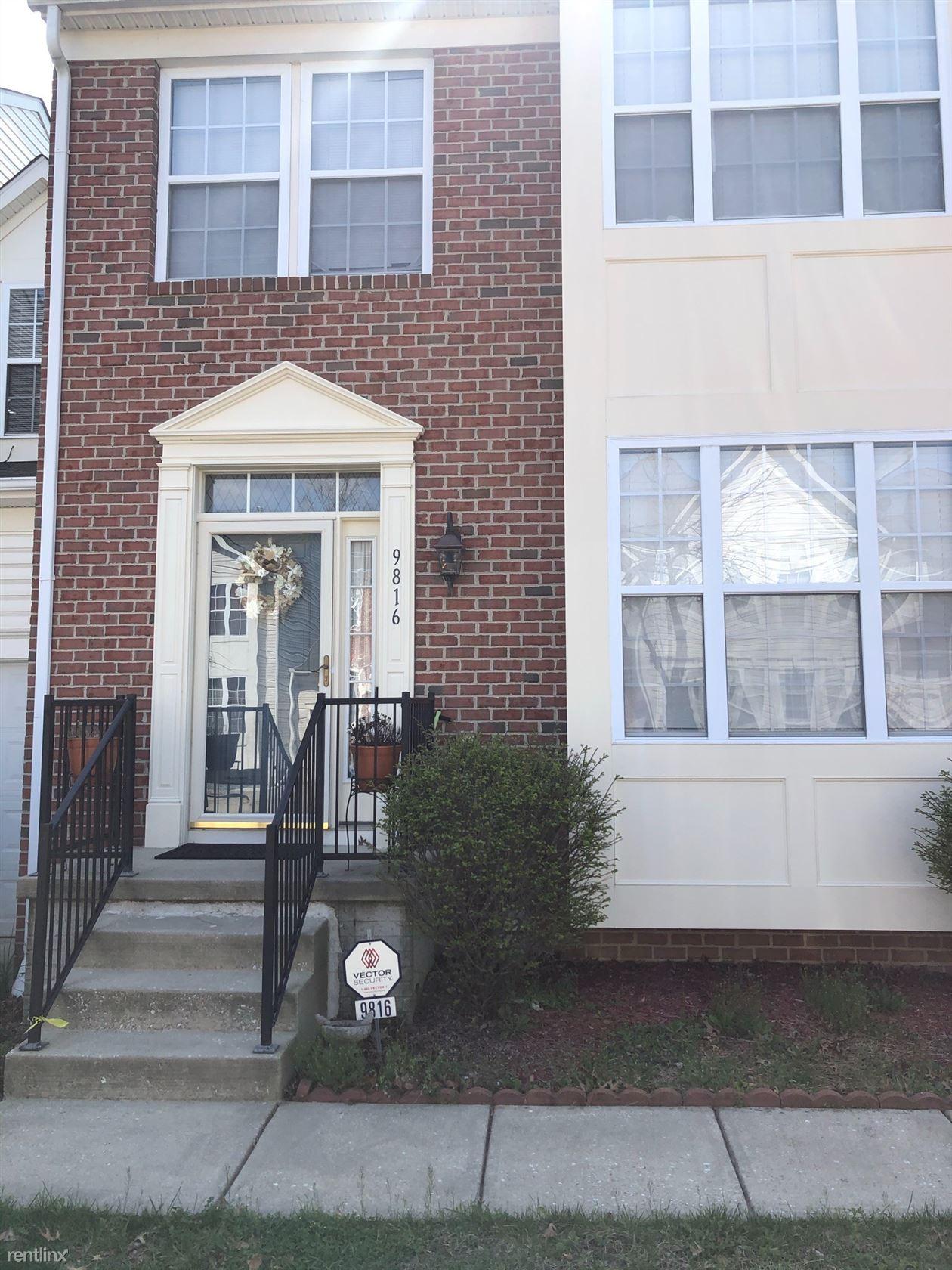 9816 Davison Rd, Middle River, MD - $2,300 USD/ month