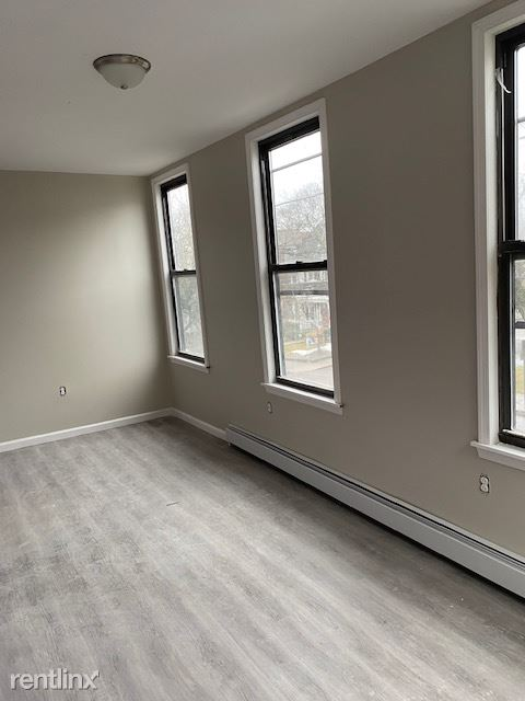 563 N Laurel St, Hazleton, PA - $1,700 USD/ month