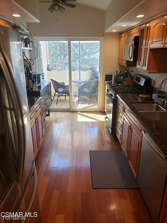 11225 Sierra Pass Pl, Chatsworth, CA - $3,500 USD/ month