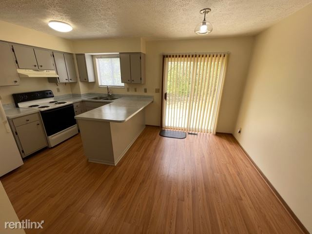 2762 Walden Bluff Court, Grove City, OH - $999 USD/ month