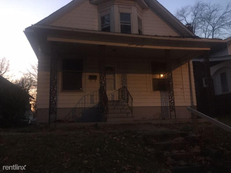 1331 N Union, Decatur, IL - $675 USD/ month