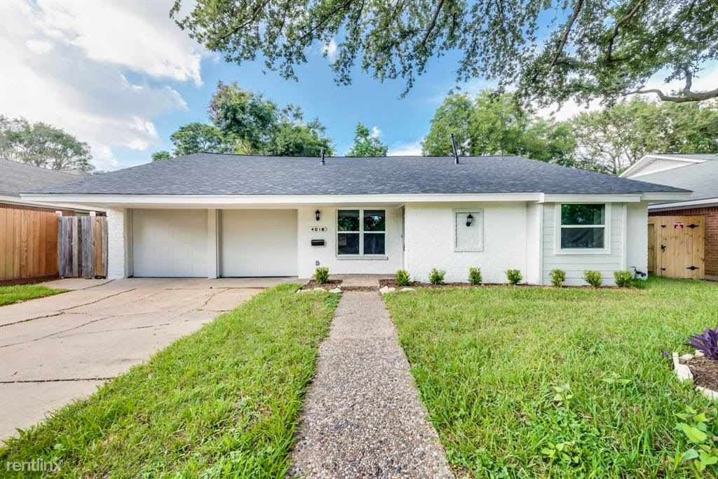 4018 Silverwood Dr - 2600USD / month